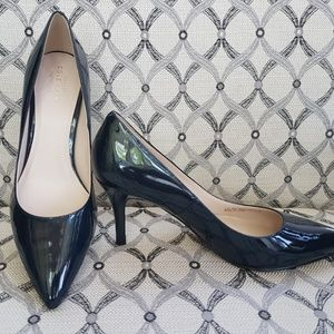 Cole Haan pumps in patent dark blue leather (new)